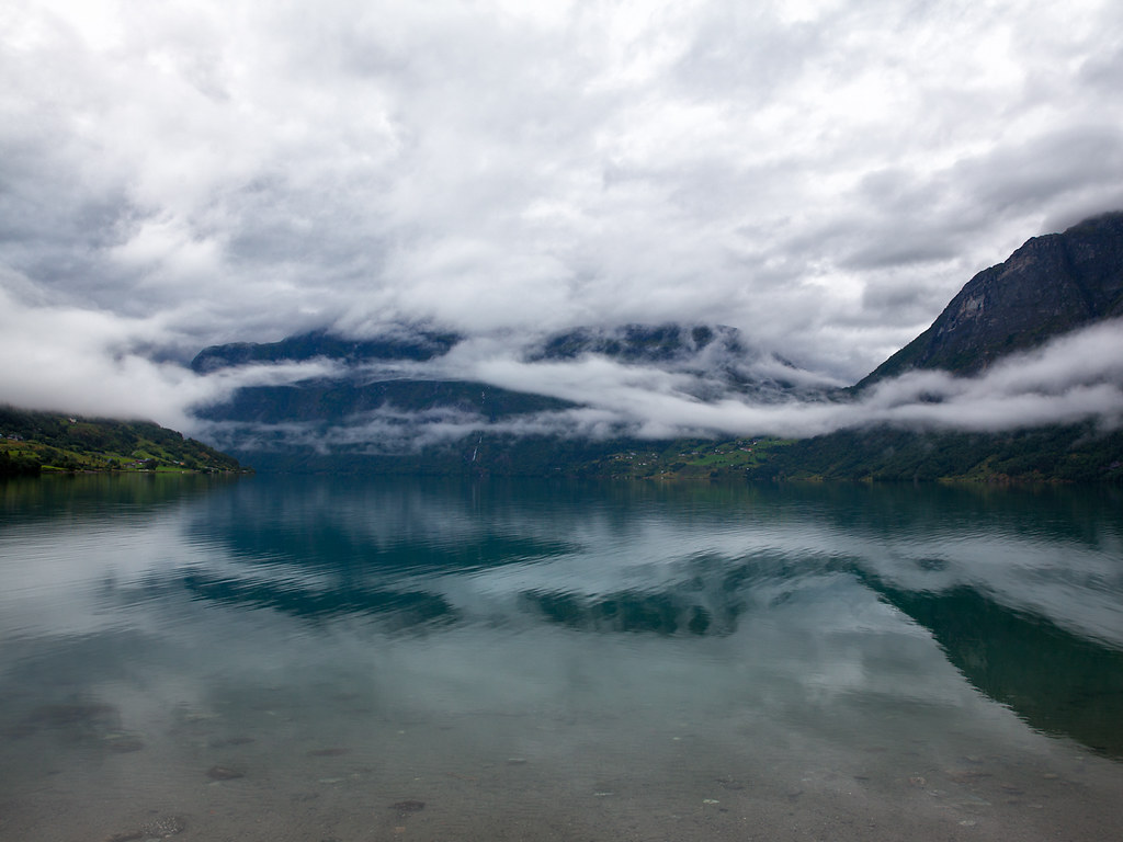 Norway: fjords, lakes and clouds #04
