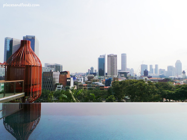 parkroyal on pickering hotel infinity pool