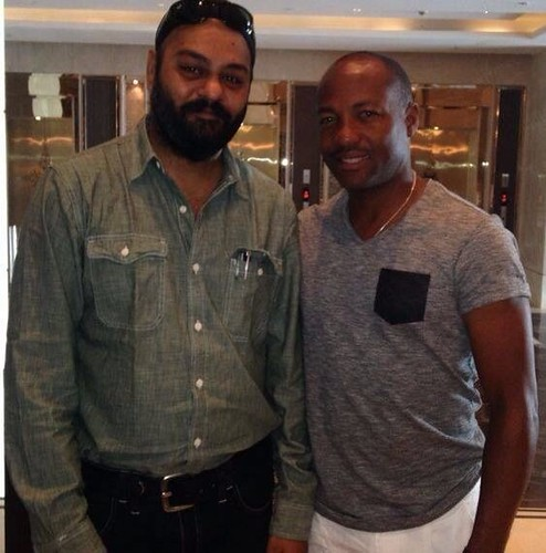 Hansdeep Singh with Brian Lara at Mumbai, India