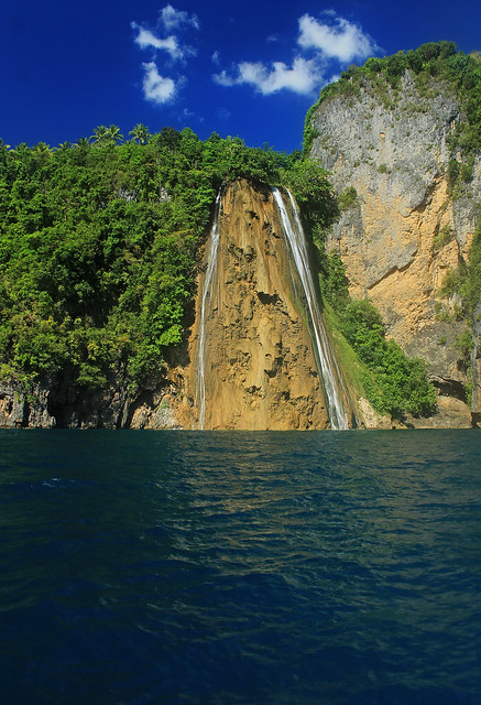 Catandayagan Falls