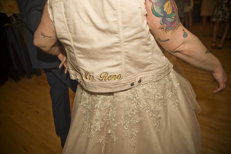 Abby Amp Steves Heartfelt Friend Powered Wedding