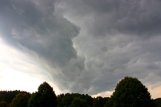 Stormy_summer_clouds