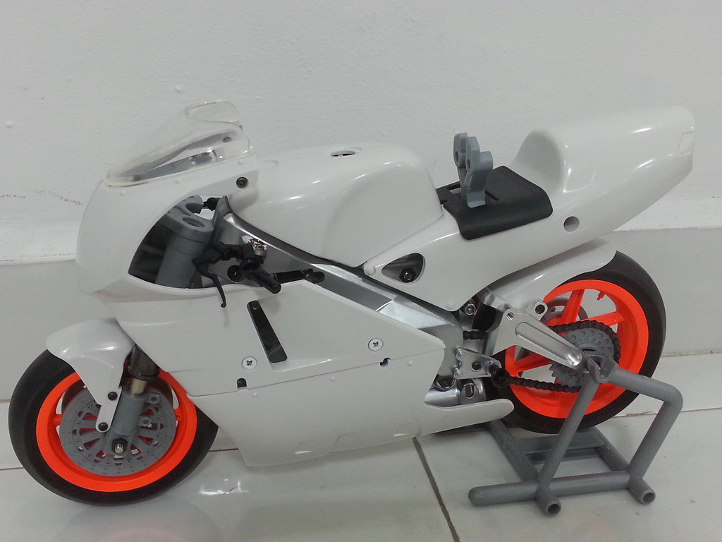 Babyboy's Kyosho Honda NSR 500 HOR 11971897523_8a5d754e65_b