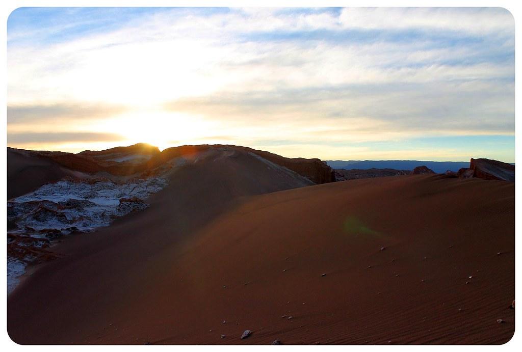 valle de la luna atacama desert sand dunes