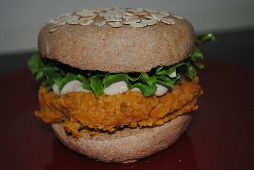 sweet potato chickpea burgers (10)