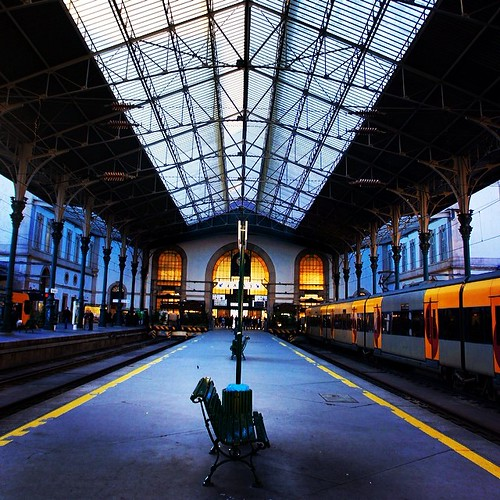 Simetric.... Almost simetric!! At one of the world most beautiful train stations!!! by *manuworld*