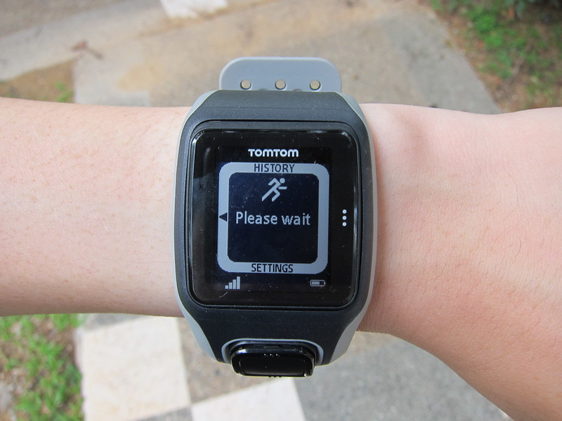 TomTom Multi-Sport GPS Watch - Running - Getting GPS Location