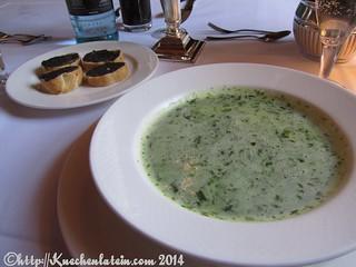 ©Ostern 2014 Der Alte Auf - Bärlauchschaumsüppchen mit Olivencrostini