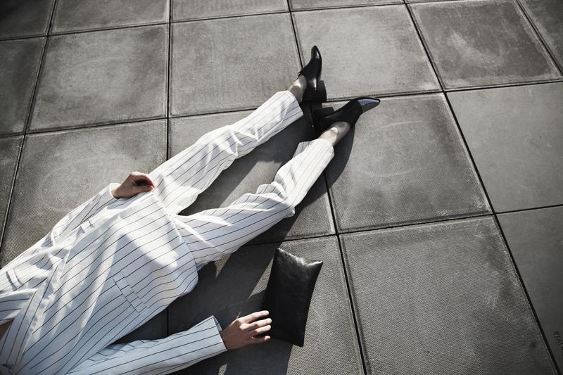 mikkoputtonen_fashionblogger_london_weekday_suit_onar_studios_rachelZoe_outfit8_web