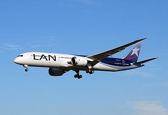 LAN B787-9 CC-BGA (RD)