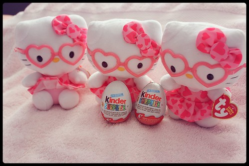 Kinder Surprise St-Valentin Hello Kitty 04