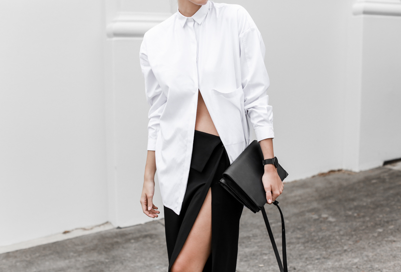 MODERN LEGACY fashion blog street style black and white oversized shirt Dion Lee split midi skirt Alexander Wang bag workwear (1 of 1)