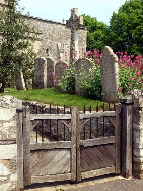 Lutton Church Gate  015