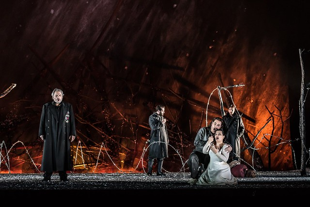 Il trovatore, The Royal Opera © 2016 ROH. Photograph by Clive Barda