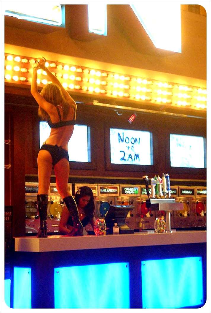vegas dancer
