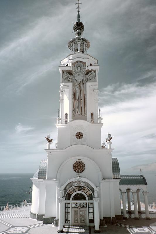church-lighthouse