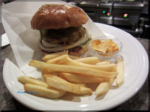 Photo:2013-07-12_ハンバーガーログブック_【Event】【広尾】BurgerManiaHiroo 奥沢のONIBUS COFFEEとコラボ!オリジナルブレンドのお披露目会-01 By:logtaka