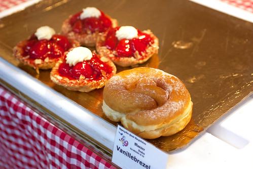 pastries @ hauptbahnhof market