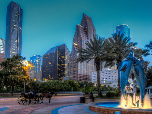 sunset fountain skyline aquarium restaurant downtown texas carriage houston tourist attraction skyscrapper