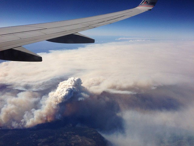 Yosemite wild fires, 30,000 foot view.