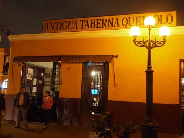 土, 2013-08-24 21:43 - Antigua Taberna Queirolo