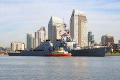 USS Higgins (DDG 76) returns to her homeport of San Diego Oct. 7 following the completion of a deployment to the U.S. 5th and 7th Fleet areas of operation. (U.S. Navy photo by Mass Communication Specialist 1st Class Rosalie Garcia)
