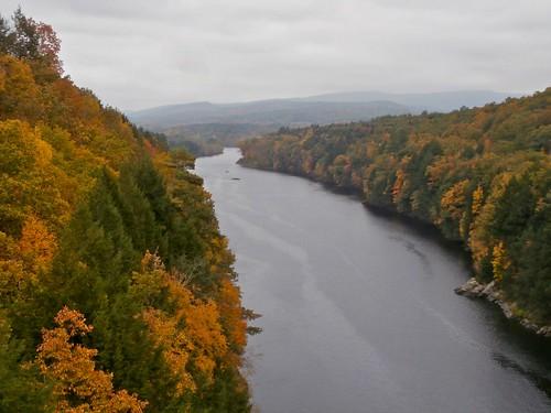 autumn view massachusetts autumncolors gorge connecticutriver mohawktrail erving frenchkingbridge ahobblingaday mediumview