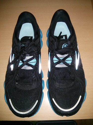 Zapatillas natural running Asics y mis Brooks Pure Flow