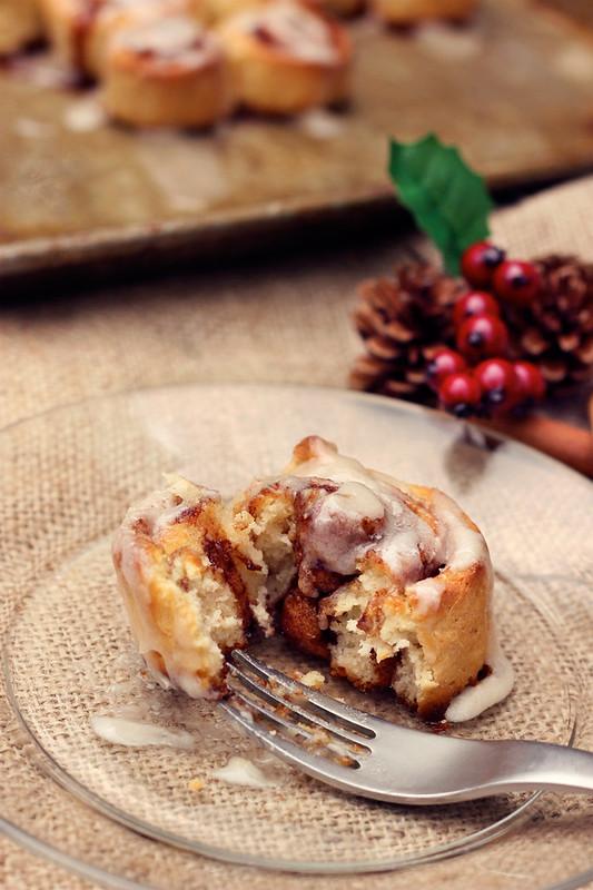 Gluten-free Cinnamon Rolls (w/ Dairy-free option)