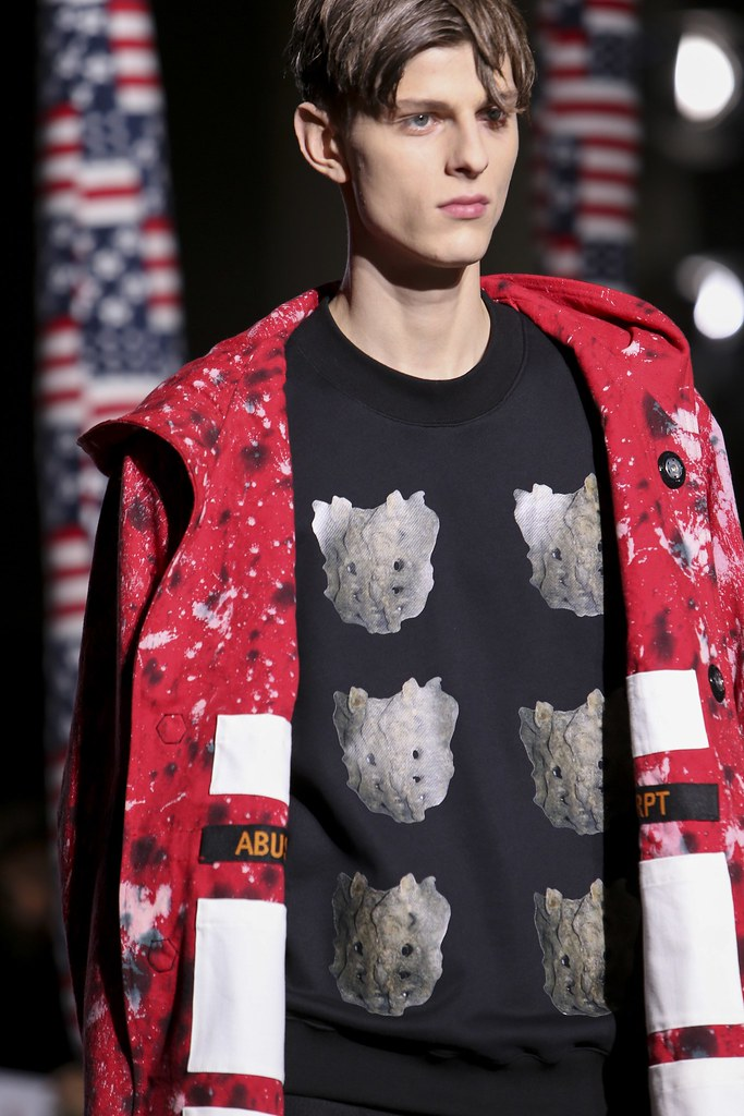 Elvis Jankus3177_2_FW14 Paris Raf Simons(vogue.co.uk)