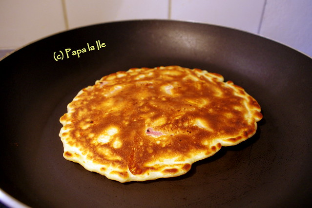 Pancakes cu cascaval si sunca (4)
