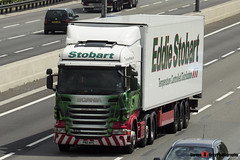 Scania R420 6x2 Tractor with 3 Axle Refrigerated Trailer - PN11 WPE - Jacualine Edwina - Eddie Stobart - M1 J10 Luton - Steven Gray - IMG_5028