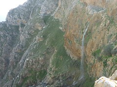 cascade incroyable en crète, grèce