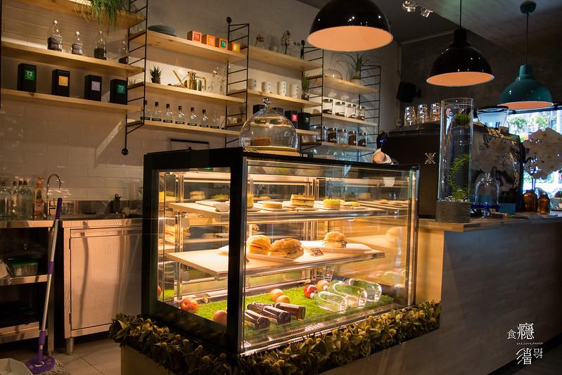內湖早午餐 The Antipodean-陽光、小草、藍桌,愜意的喝杯澳洲風咖啡|台北市內湖區、港漧站 @ 食癮,拾影 :: 痞客邦