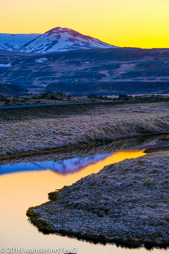 reflection dawn iceland fujixpro2