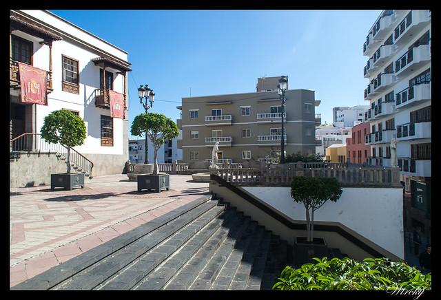 Icod de los Vinos ciudad drago milenario - Plaza Luis de León Huerta