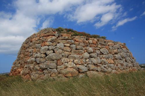 Menorca Talaiotikoa gizateriaren ondare izateko hautagai.