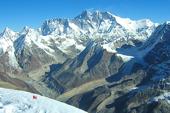 Mount Everest und Lhotse vom Gipfel Mera Peak, 6461 m. Foto: Archiv Härter.