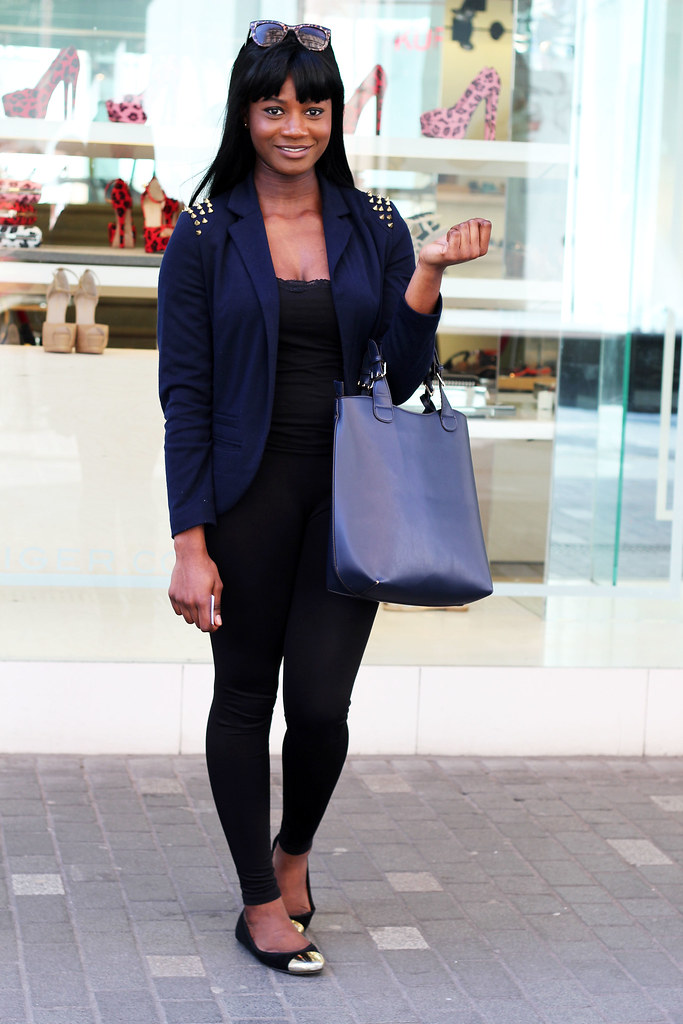 Studded Shoulder Blazer,  black camisole top, black leggings, toe capped pumps and blue braided shopper bag : Street Style