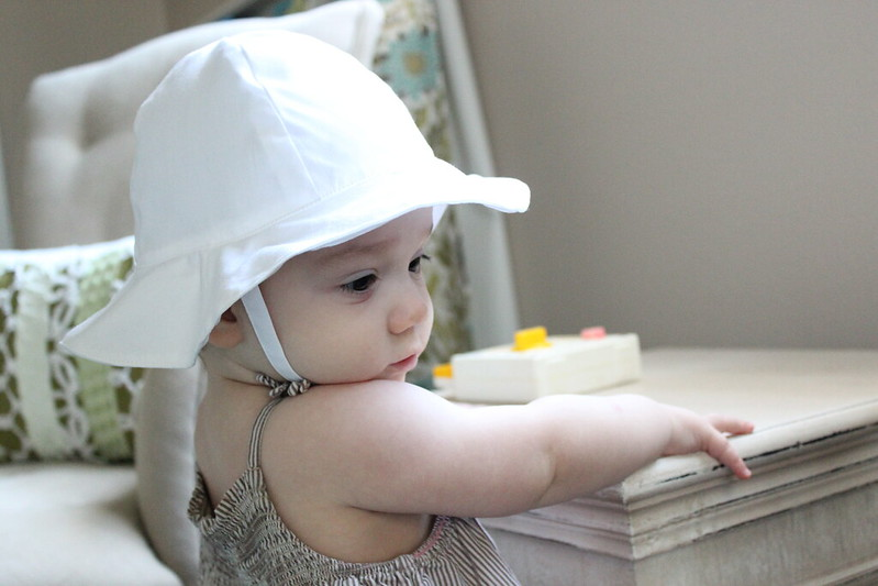 Buy your baby's sun protective hats online today from celebtubesnews.ml Protect your little one from head to toe with UV Skinz sun protection products!