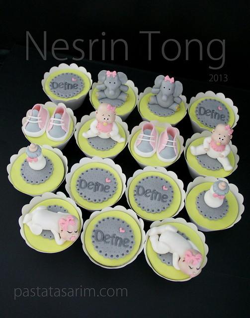 defne baby cupcakes