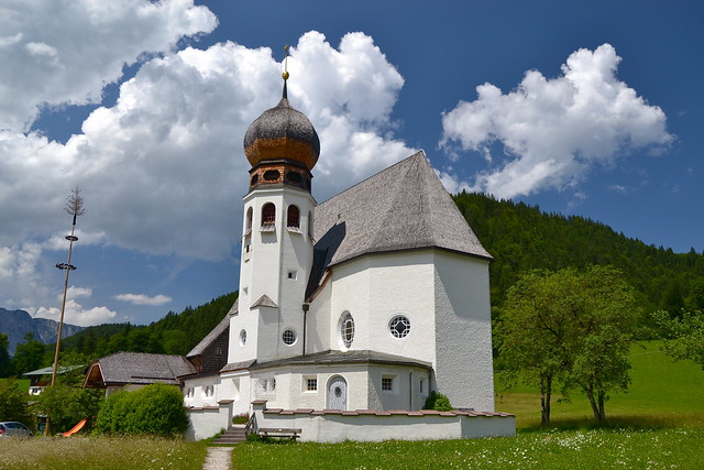The little church of Oberau (