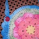 Flower-Bib-Free-Crochet-Pattern-Close-Up