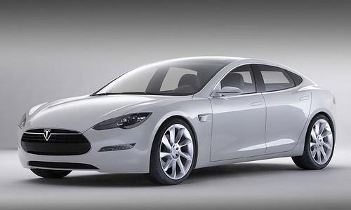 2013-Tesla-Model-S_1
