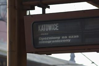 Katowice: Opóźniony na czas nieograniczony