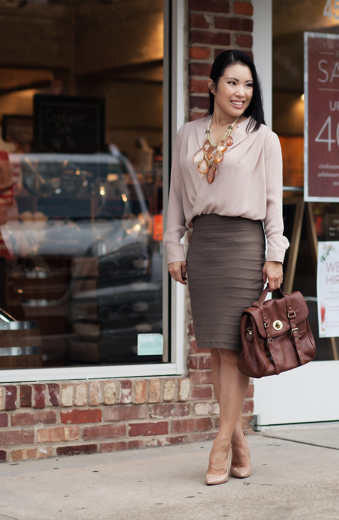 cute & little blog | neutrals, pink top, taupe bandage skirt,  amrita singh teteo statement necklace outfit #ootd