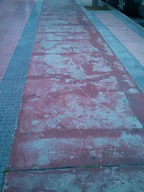pavimento mal estado