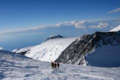 Zejście ze szczytu w kierunku Denali Pass
