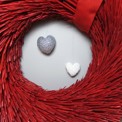 Iron Craft Challenge #26 - Hanging Hearts Wreath