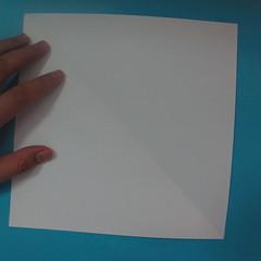 วิธีการพับกระดาษเป็นนกเพนกวิ้น 001